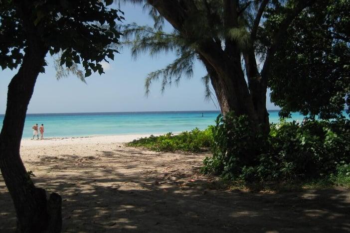 Barbados - 900