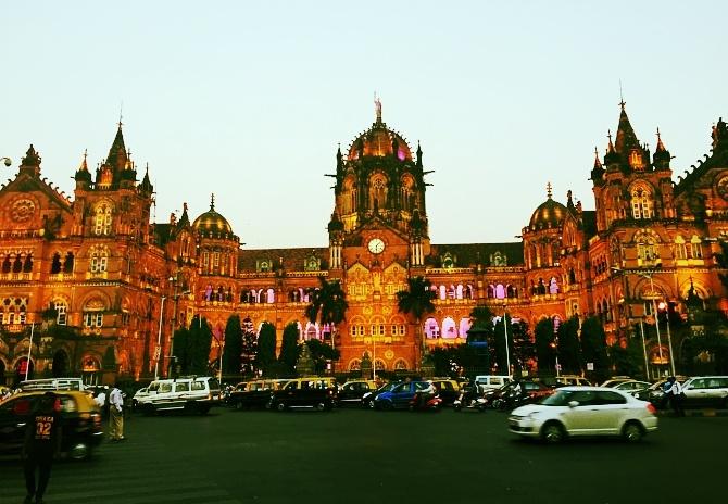 INDIA, Mumbai 8 - MLP-699925-edited.jpg