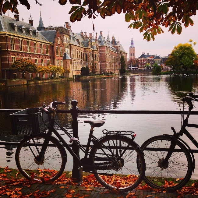 Bikes and scenery in the Hague
