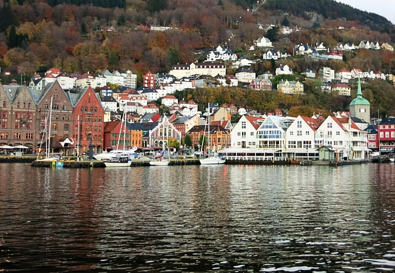 NORWAY, Bergen -14  - MS-184305-edited